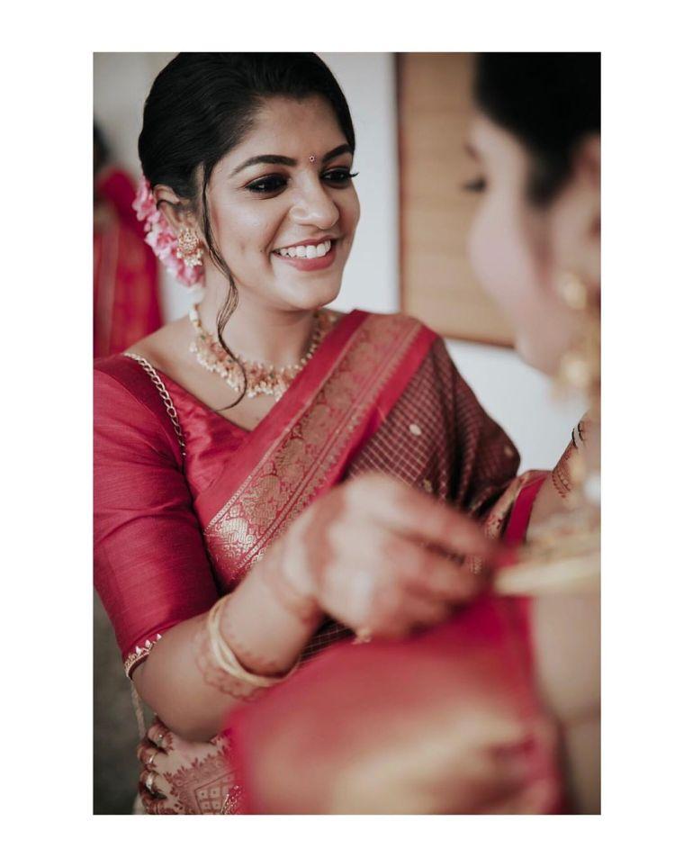 Aparna Balamurali Wiki, Biography, Age, Boyfriend, and Beautiful Photos 117