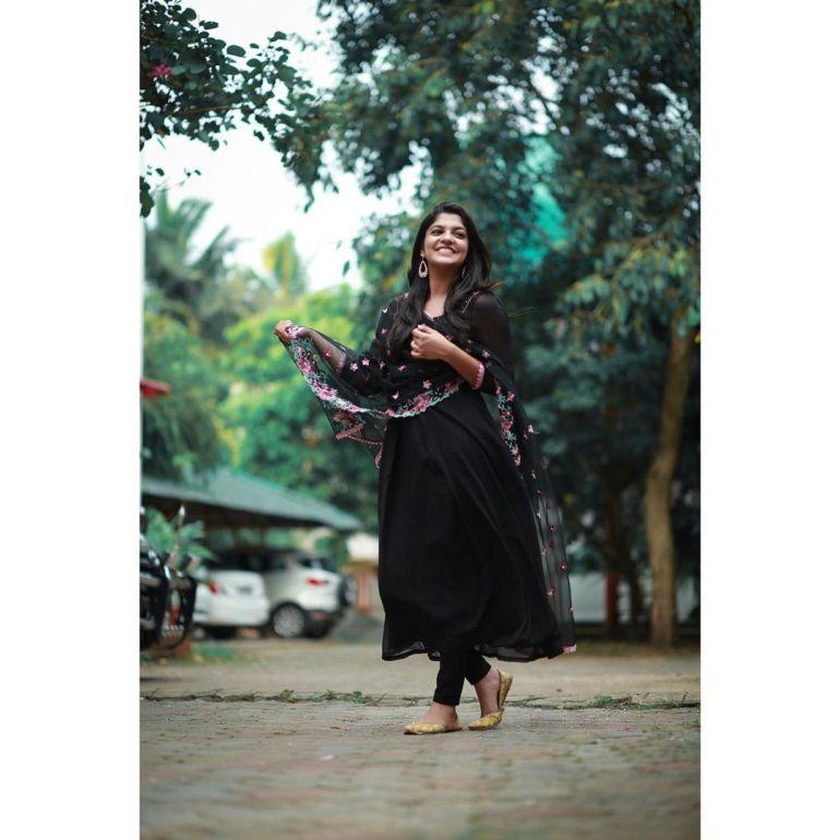Aparna Balamurali Wiki, Biography, Age, Boyfriend, and Beautiful Photos 122
