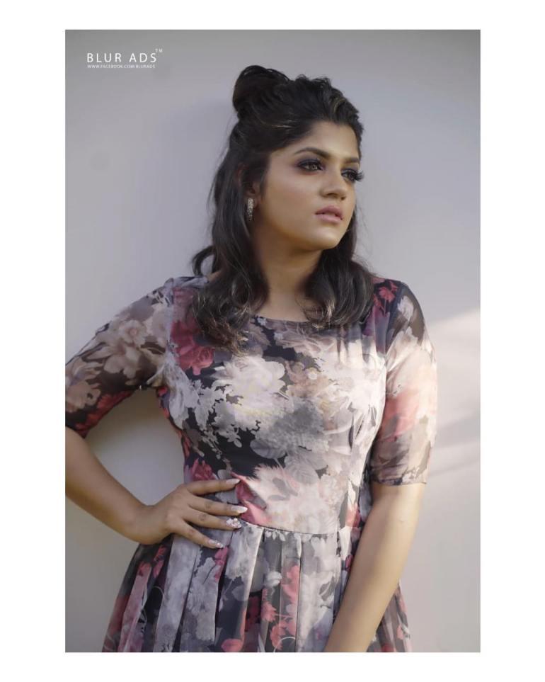 Aparna Balamurali Wiki, Biography, Age, Boyfriend, and Beautiful Photos 104