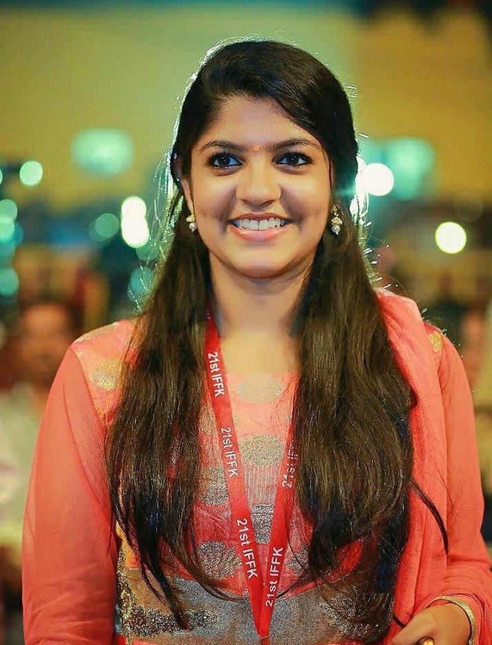 Aparna Balamurali Wiki, Biography, Age, Boyfriend, and Beautiful Photos 136