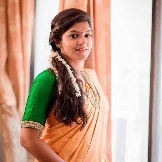 Aparna Balamurali Wiki, Biography, Age, Boyfriend, and Beautiful Photos 144