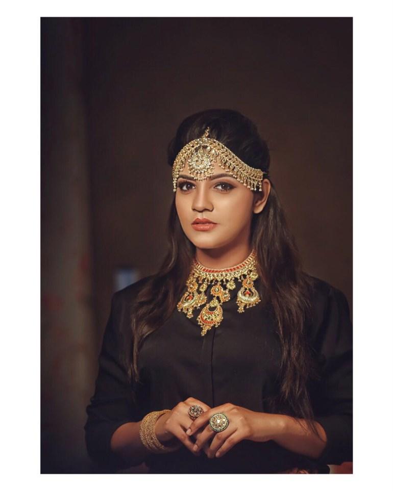 Aparna Balamurali Wiki, Biography, Age, Boyfriend, and Beautiful Photos 106