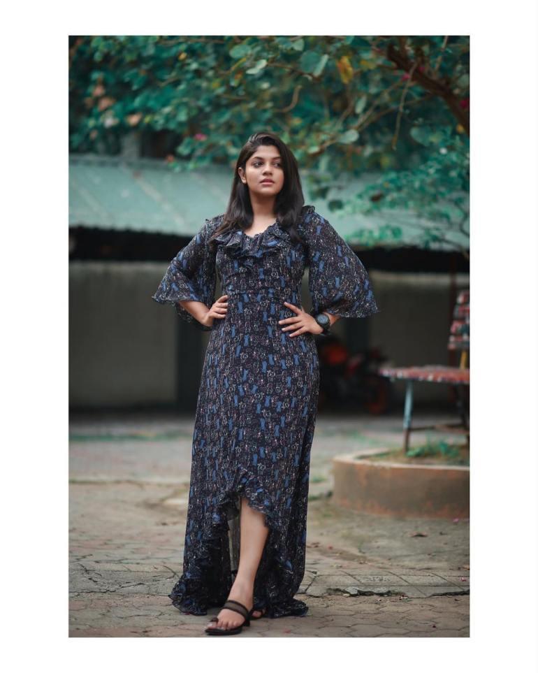 Aparna Balamurali Wiki, Biography, Age, Boyfriend, and Beautiful Photos 107