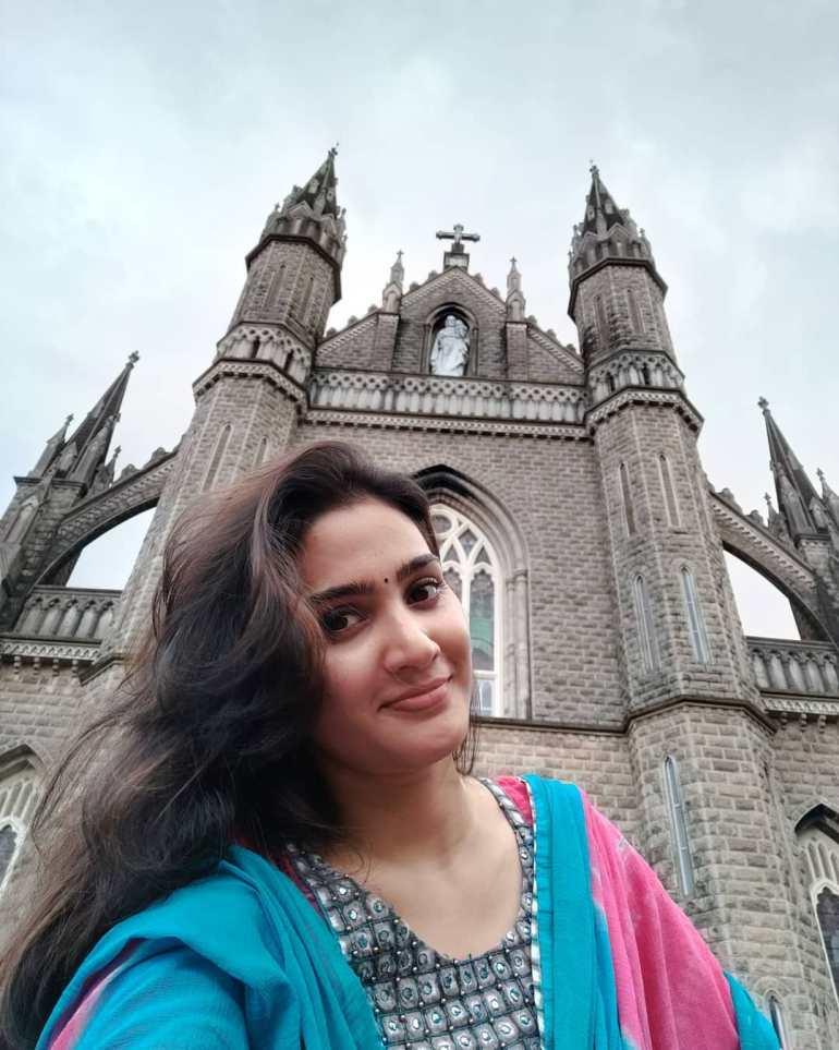 Aditi Ravi Wiki, Age, Biography, Movies, and Charming Photos 126
