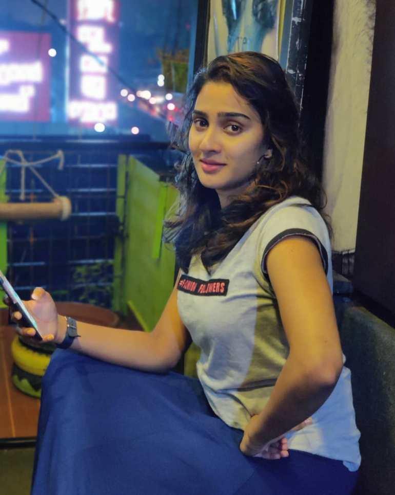 Aditi Ravi Wiki, Age, Biography, Movies, and Charming Photos 145