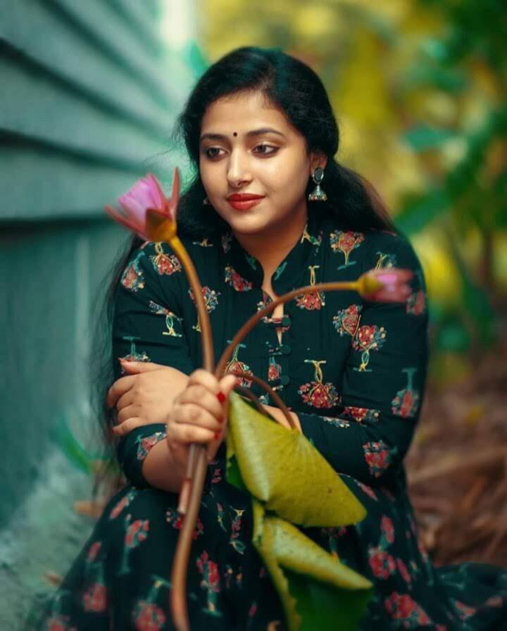 Anu SitharaWiki, Age, Biography, Movies, and Beautiful Photos 110