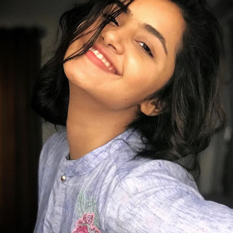 Anupama Parameswaran Wiki, Age, Biography, Movies, and Stunning Photos 120