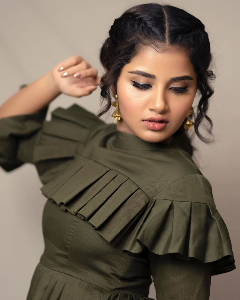 Anupama Parameswaran Wiki, Age, Biography, Movies, and Stunning Photos 109