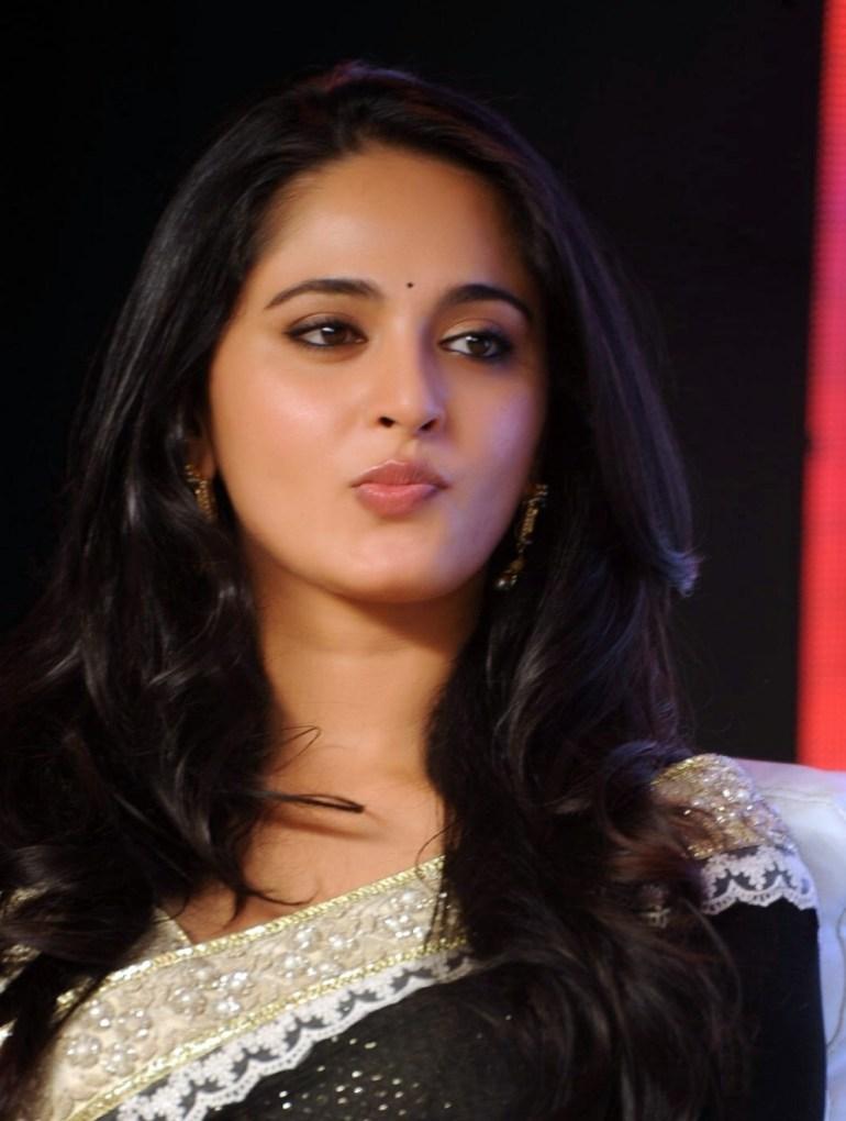 Anushka Shetty Wiki, Age, Biography, Movies, and Beautiful Photos 109