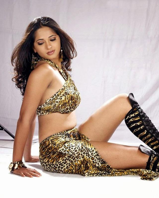 Anushka Shetty Wiki, Age, Biography, Movies, and Beautiful Photos 121