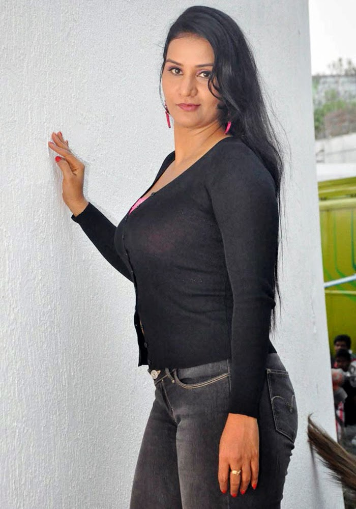 Apoorva Wiki, Age, Biography, Movies, and Gorgeous Photos 113
