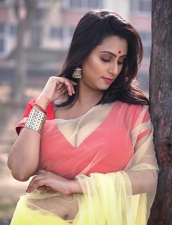 Bengali Model Priya Chakraborty Wiki, Age, Biography, Movies, and Beautiful Photos 115
