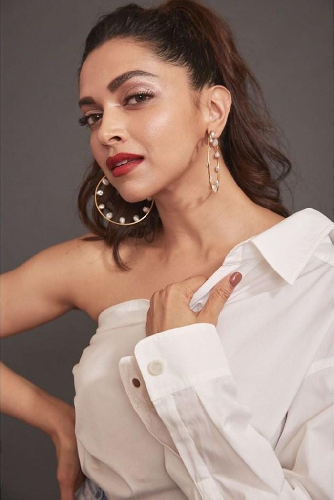 Top 15 Beautiful Bollywood actress of 2021 108