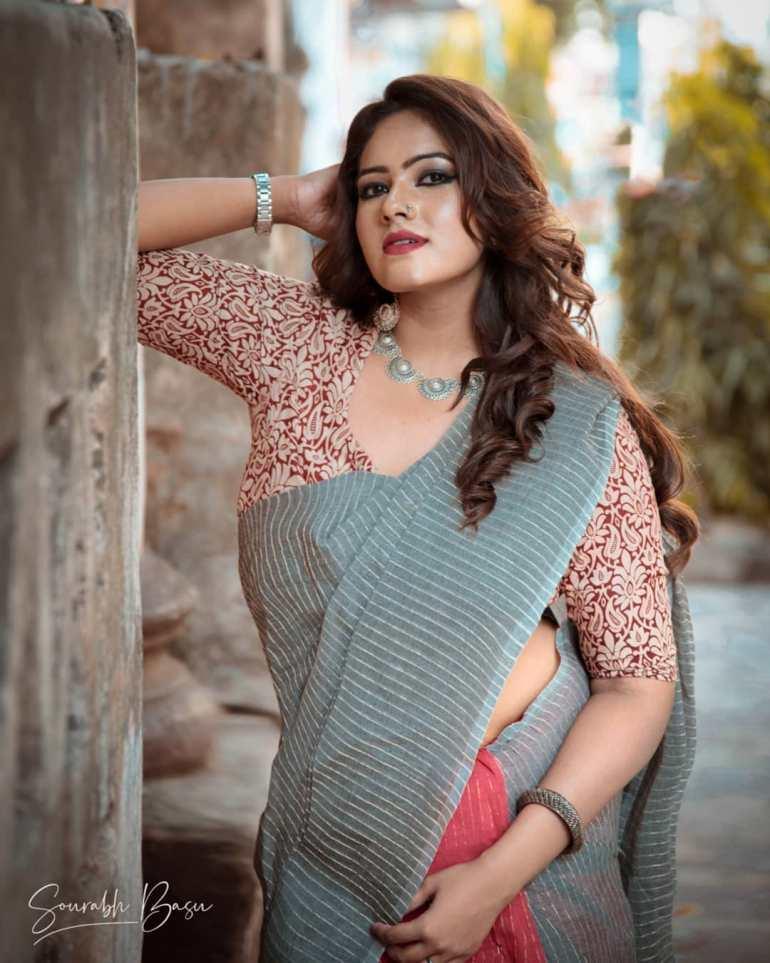 Bengali Model Dwiti Roy Wiki, Age, Biography, Movies, and Glamorous Photos 102