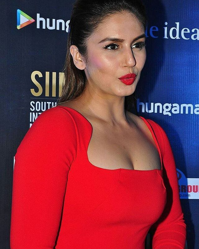 Huma Qureshi Wiki, Age, Biography, Movies, and Gorgeous Photos 116