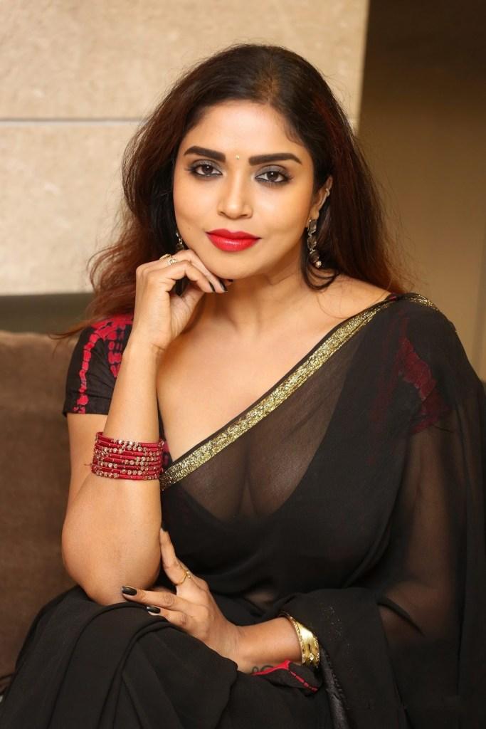 Karunya Chowdary Wiki, Age, Biography, Movies, and Beautiful Photos 115