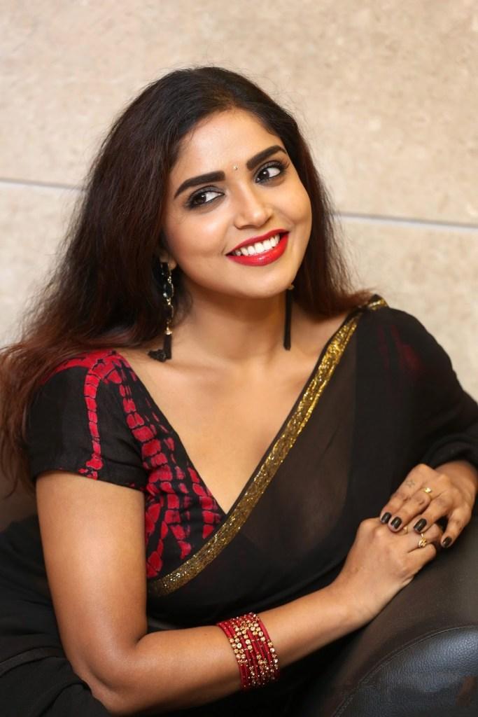 Karunya Chowdary Wiki, Age, Biography, Movies, and Beautiful Photos 103