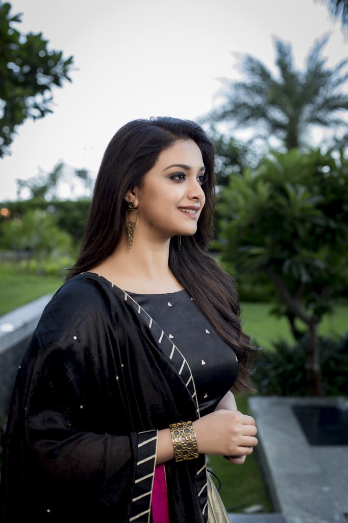 Keerthy Suresh Wiki, Age, Biography, Movies, and Gorgeous Photos 109