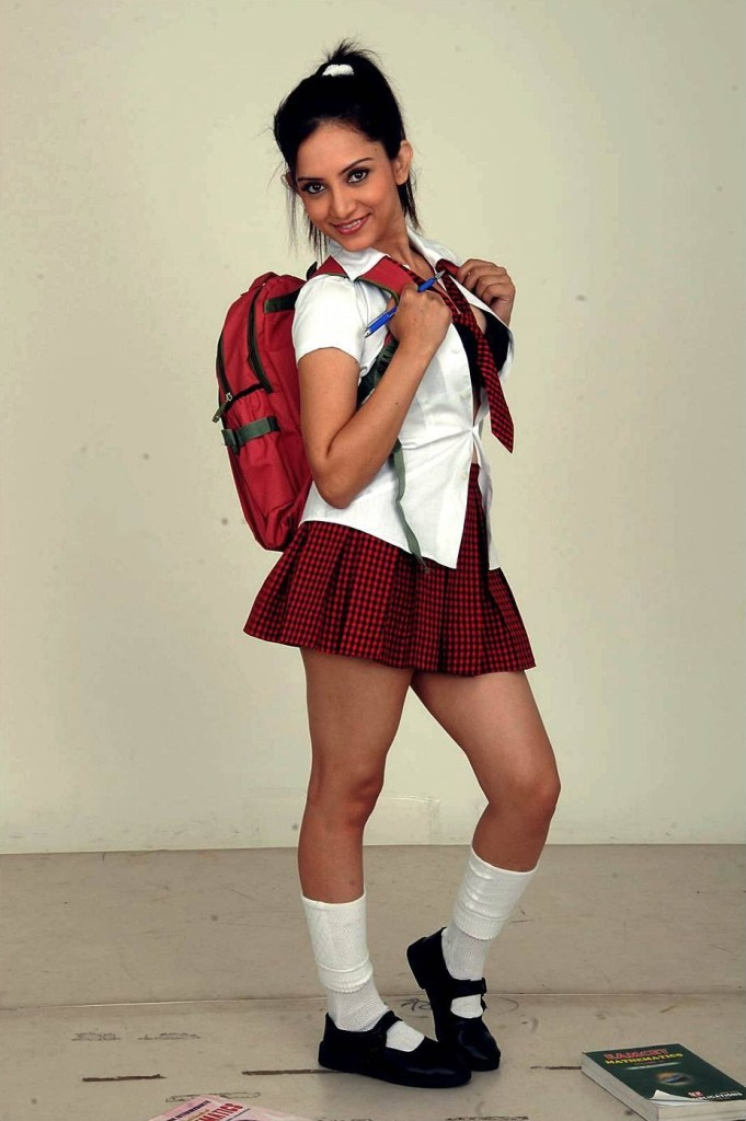 Which Indian actresses look Glamorous in school uniform? 111