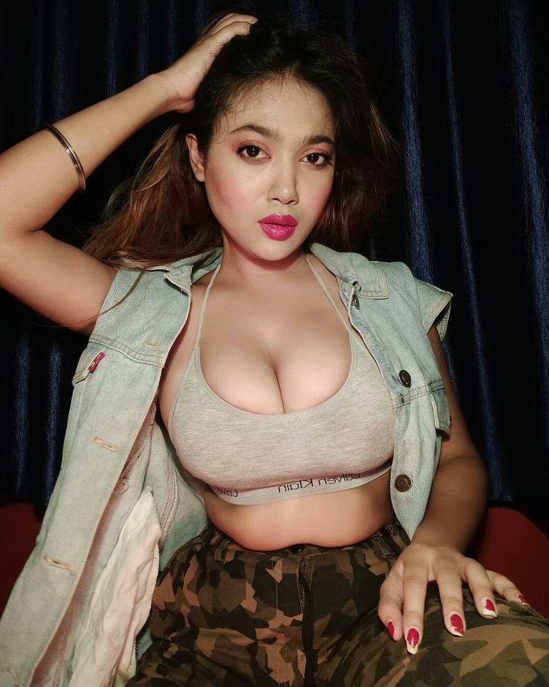 Instagram Sensation Lovely Ghosh aka Sherni Wiki, Age, Biography, Movies, and Beautiful Photos 125