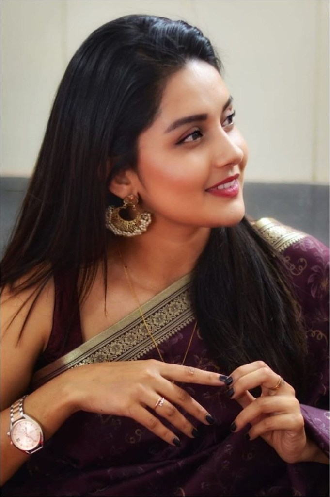 Mahima Nambiar Wiki, Age, Biography, Movies, and Gorgeous Photos 114