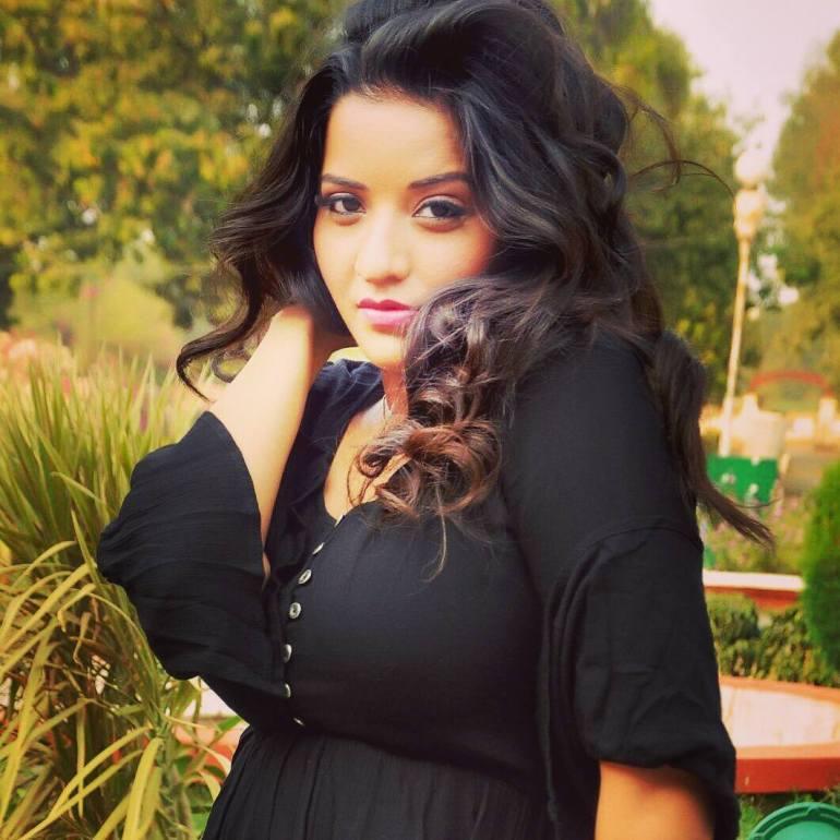 Monalisa (Antara Biswas) Wiki, Age, Biography, Movies, and Stunning Photos 120