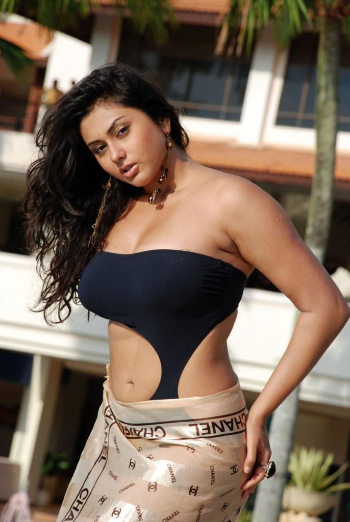 Namitha Kapoor Wiki, Age, Biography, Movies, and Stunning Photos 106