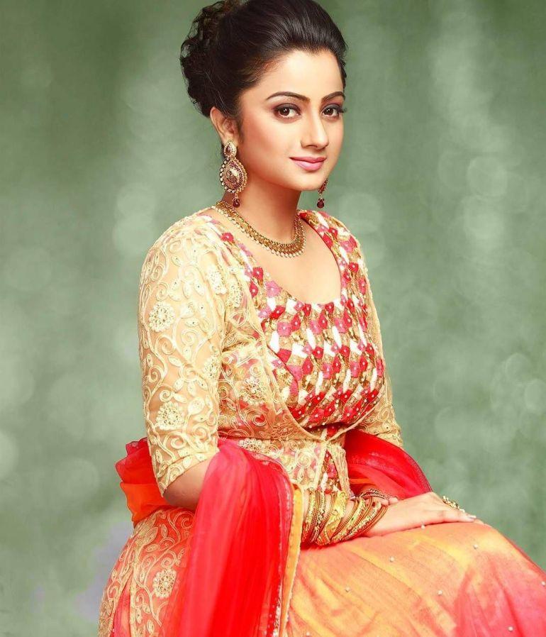 Namitha Pramod Wiki, Age, Biography, Movies, and Gorgeous Photos 124