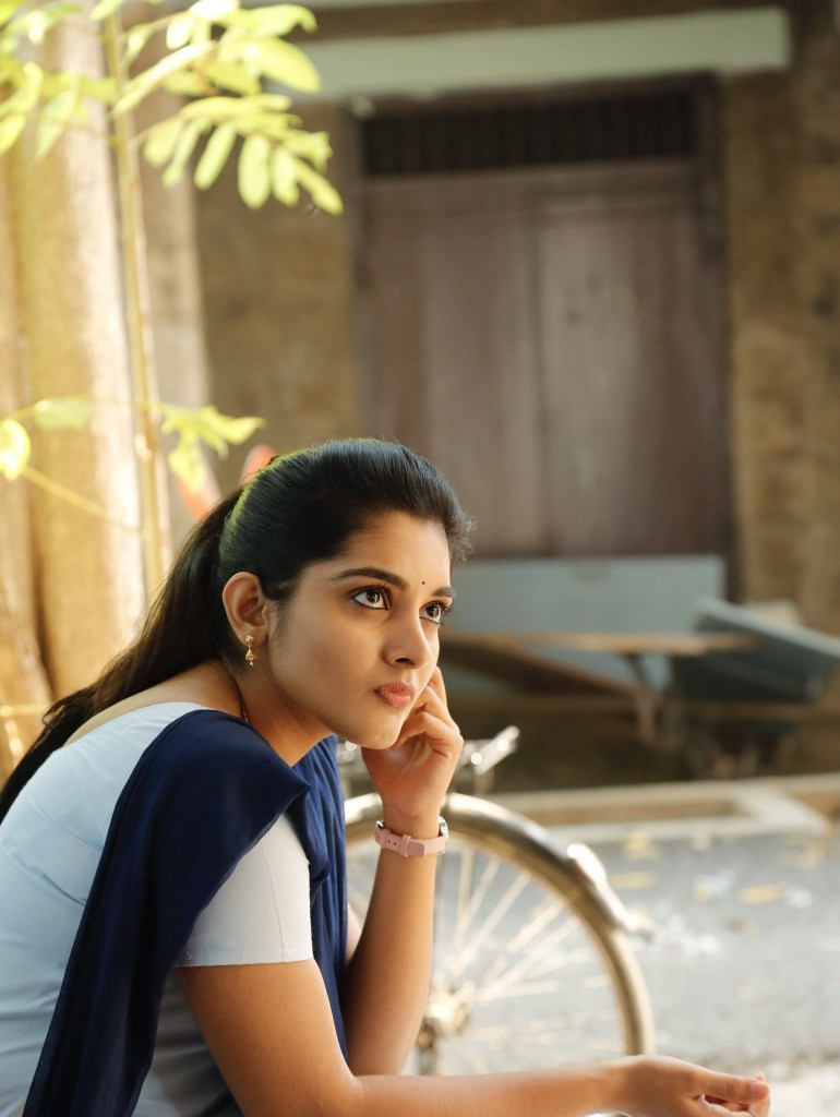 Which Indian actresses look Glamorous in school uniform? 125