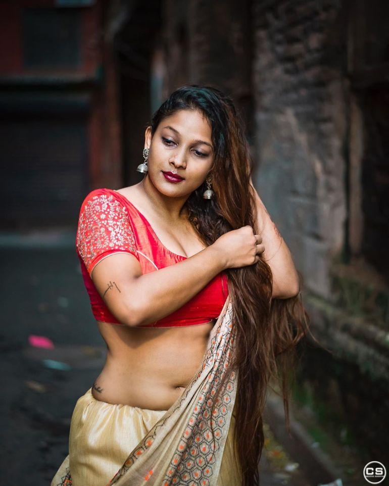 Bengali Model Pihu (Priyanka) Wiki, Age, Biography, Movies, and Beautiful Photos 99