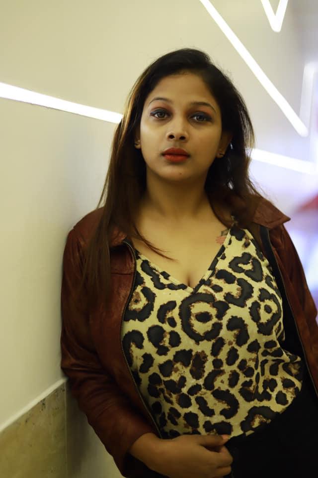 Bengali Model Pihu (Priyanka) Wiki, Age, Biography, Movies, and Beautiful Photos 108