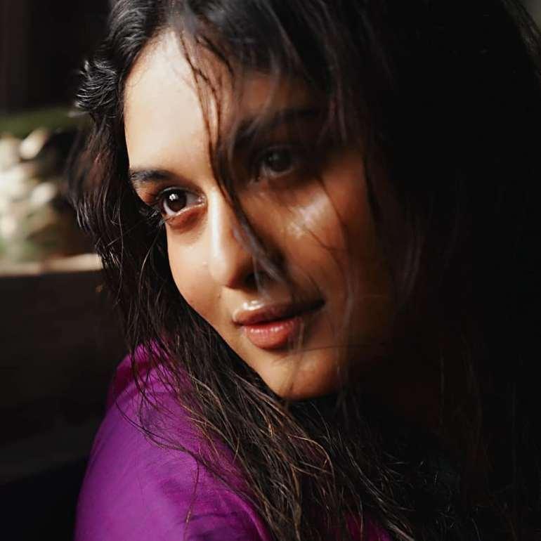 Prayaga Martin Wiki, Age, Biography, Movies, and Gorgeous Photos 115