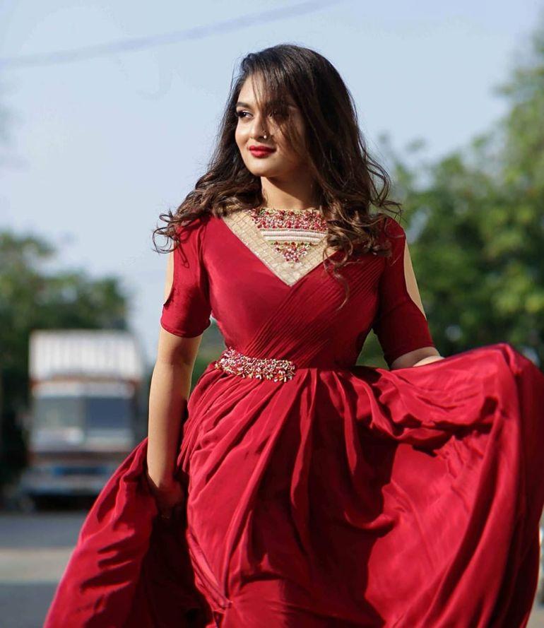 Prayaga Martin Wiki, Age, Biography, Movies, and Gorgeous Photos 117