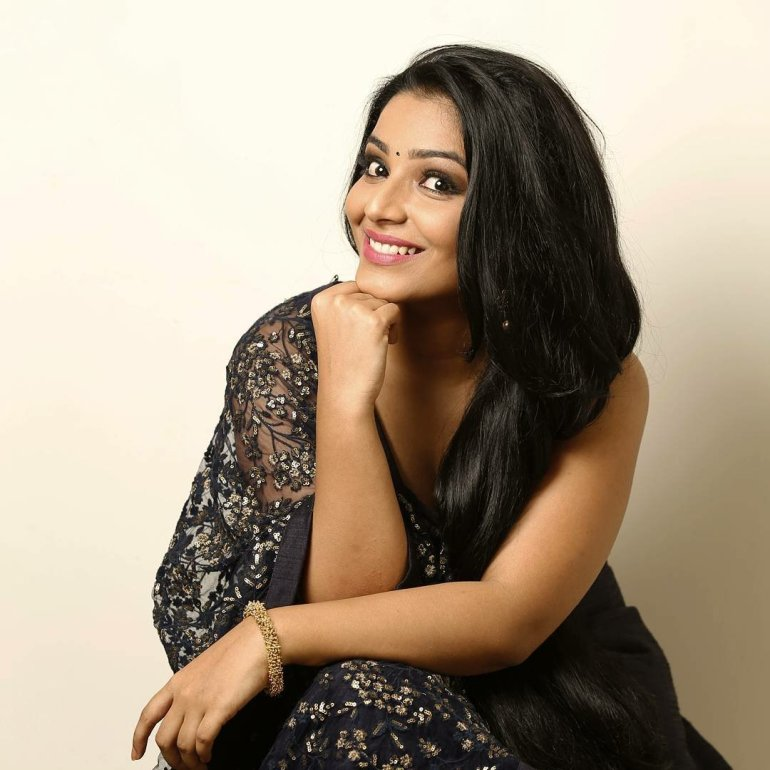 Rajisha Vijayan Wiki, Age, Biography, Movies, and Charming Photos 108