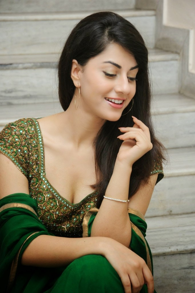 Rishika Jairath Wiki, Age, Biography, Movies, and Beautiful Photos 120