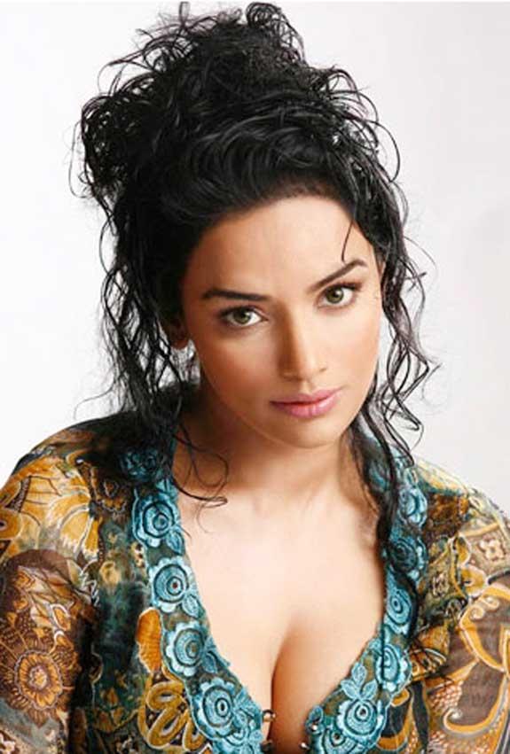 Swetha Menon Wiki, Age, Biography, Movies, and Stunning Photos 137