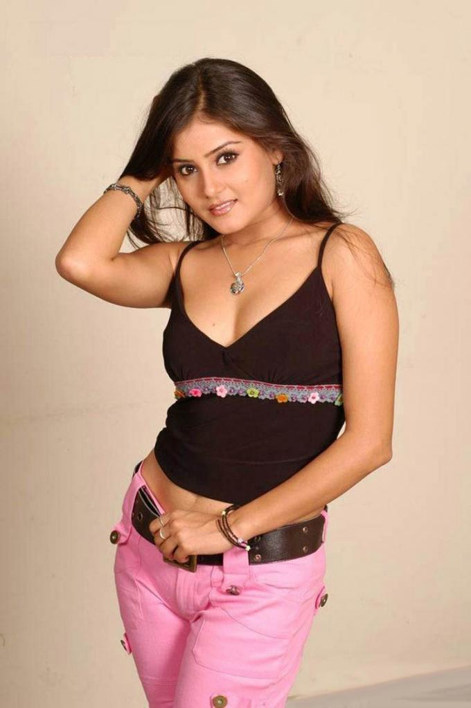 Archana Gupta Wiki, Age, Biography, Movies, and Gorgeous Photos 102