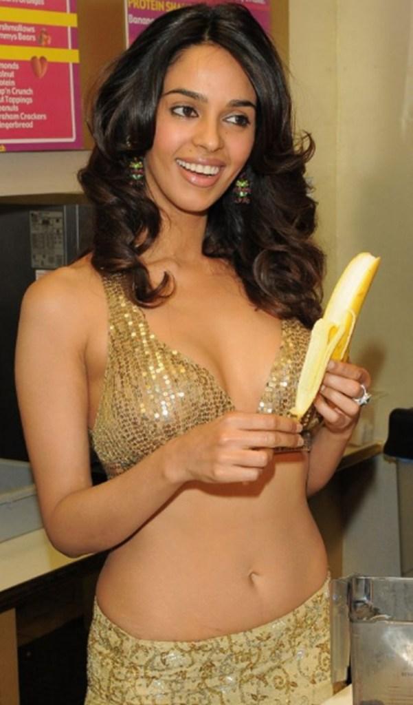 Mallika Sherawat Wiki, Age, Biography, Movies, and Gorgeous Photos 106