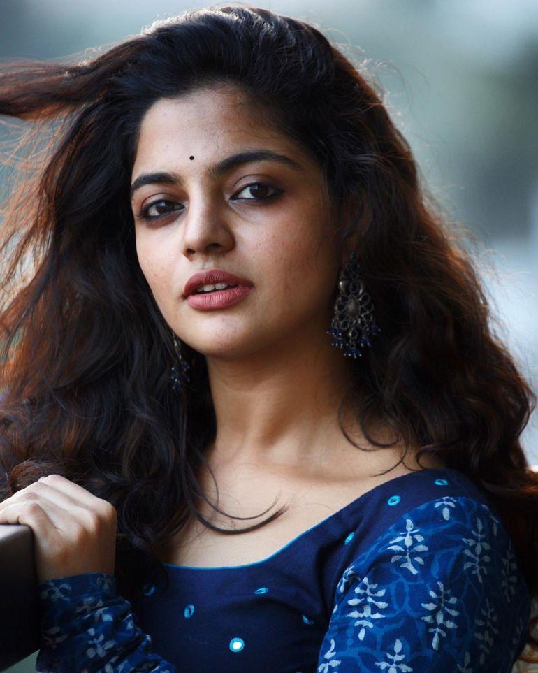 Nikhila Vimal Wiki, Age, Biography, Movies, and Beautiful Photos 121