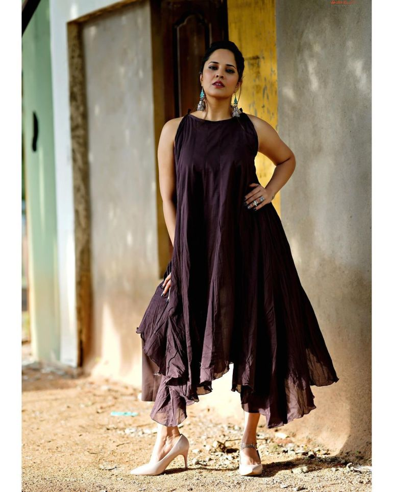 Anasuya Bharadwaj Wiki, Age, Biography, Movies, and Beautiful Photos 110