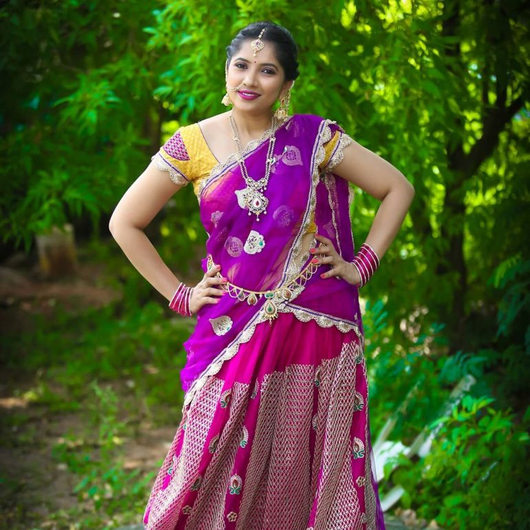 Anchor Indu Wiki, Age, Biography, Movies, and Gorgeous Photos 113