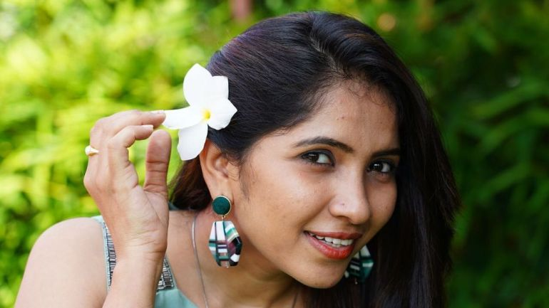 Anchor Indu Wiki, Age, Biography, Movies, and Gorgeous Photos 102