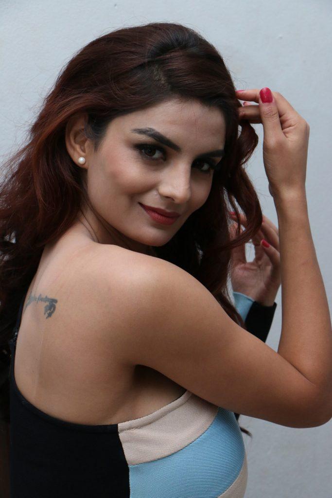 Anveshi Jain Wiki, Age, Biography, Movies, and Beautiful Photos 140