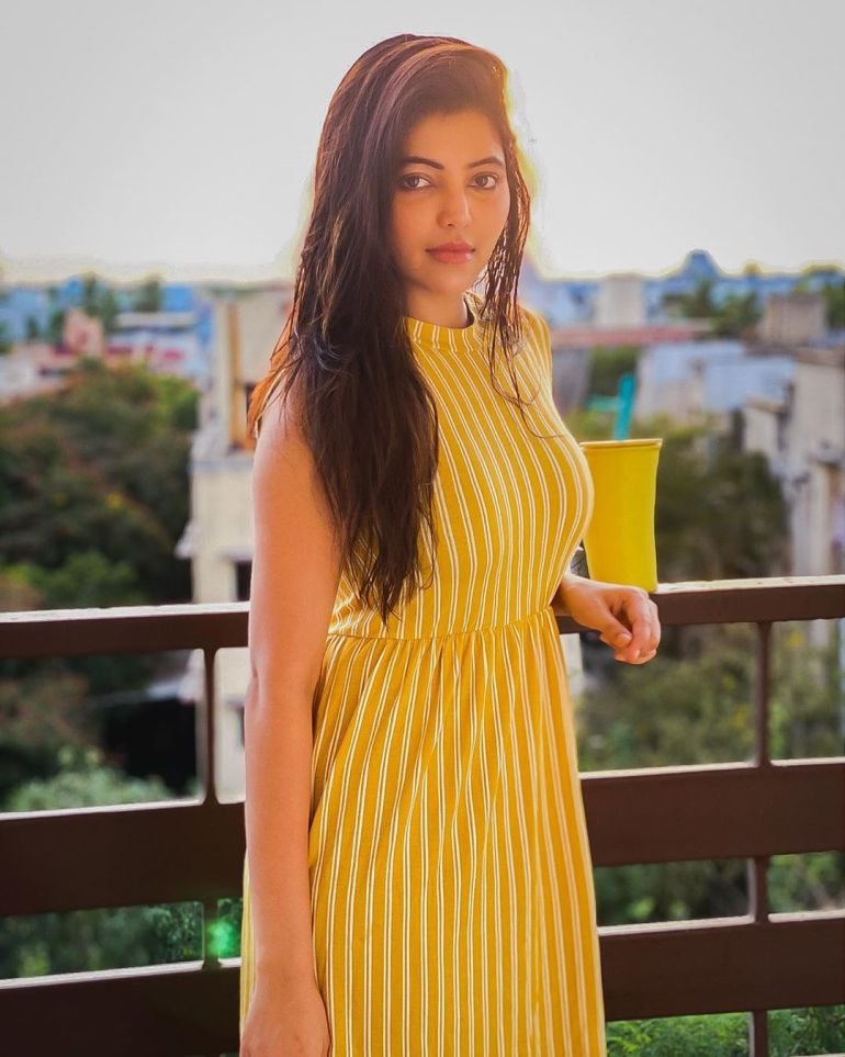 Athulya Ravi Wiki, Age, Biography, Movies, and Beautiful Photos 105