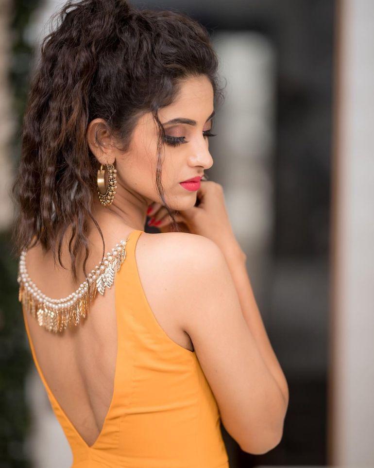 Ayesha ( Actress) Wiki, Age, Biography, Movies, and Beautiful Photos 121