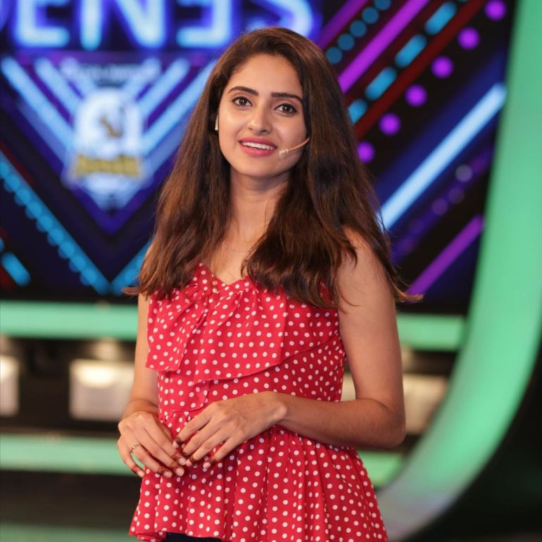 Ayesha ( Actress) Wiki, Age, Biography, Movies, and Beautiful Photos 112