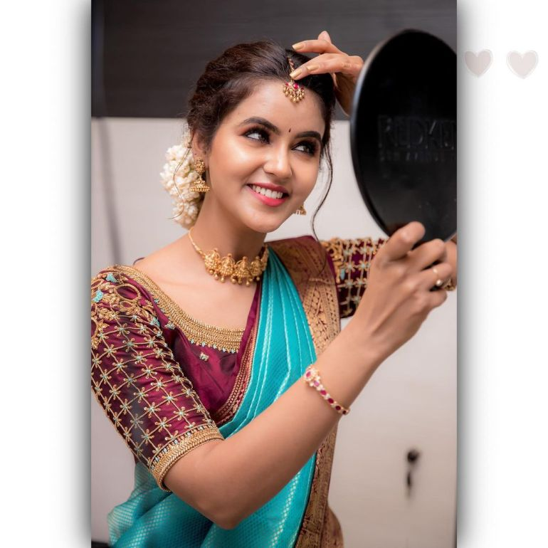 Chaitra Reddy Wiki, Age, Biography, Movies, and Beautiful Photos 119