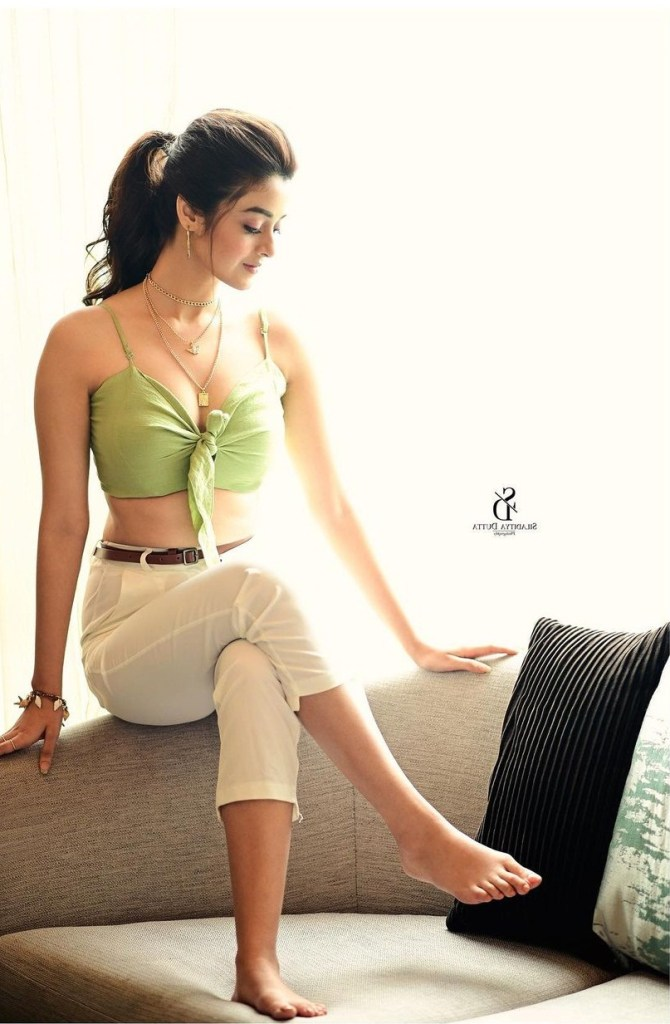 Darshana Banik Wiki/Biography and Beautiful Photos 112