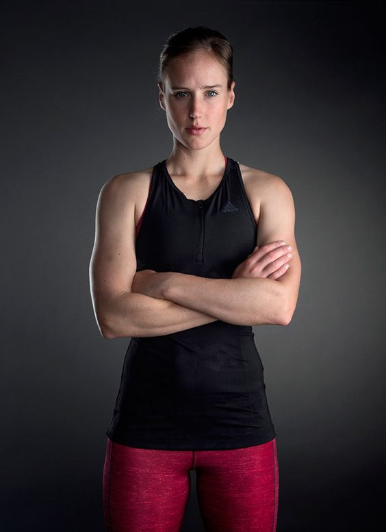 Australian cricketer Ellyse Perry Wiki, Age, Biography, Height, and Beautiful Photos 117