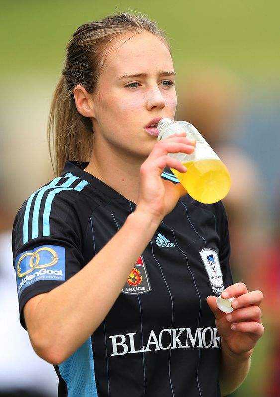 Australian cricketer Ellyse Perry Wiki, Age, Biography, Height, and Beautiful Photos 128